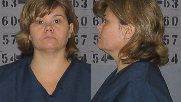 ht RobinJones kb 131217 16x9 608 Health Department Clerk Allegedly Poses as Nurse, Treats Patients Illegally