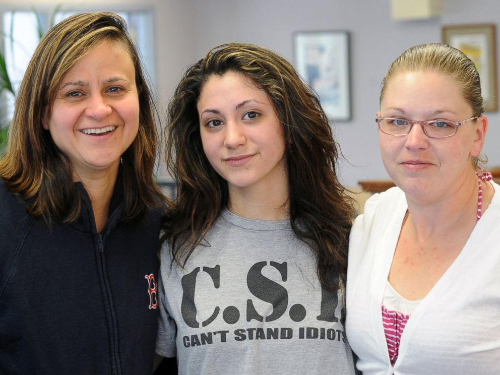 PHOTO: From left, Zenya Hernandez, Abby Hernandez, and family friend Amanda Smith, are pictured.