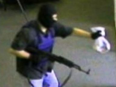 PHOTO: A manhunt is underway for a bank robber known as the AK-47 Bandit following a heist in Nebraska on Aug. 22, 2014.