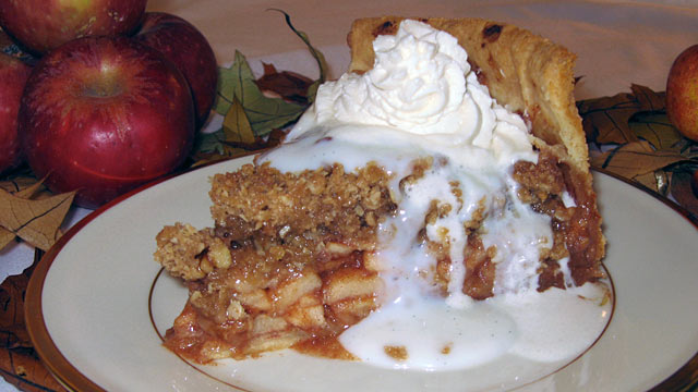"Pie of Emeril's Eye Contest: Robert's ""Drunken"" Apple Pie ..."