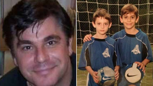 PHOTO: Ben and Henry Cleary were last seen Dec. 23, 2012 on vacation with their father Daniel Cleary in Tennessee.