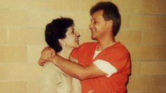 PHOTO: Rosalie and Oscar Bolin are pictured here in an undated photo together at Florida State Prison, where Oscar Bolin is on death row.