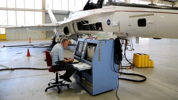 ht canales 4 kb 140527 16x9 608 Army Vet Turned NASA Engineer Helps Keep Planes in the Sky