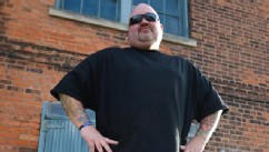 Cover-up artist gives ex-gang members and human trafficking victims free tattoos