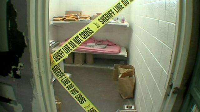 Photos: Jodi Arias Cell