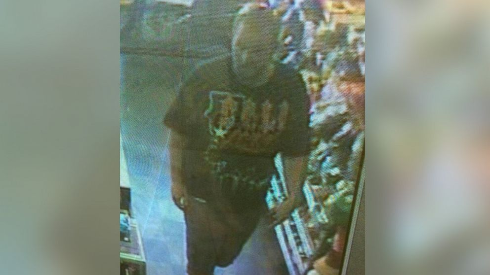 PHOTO: Police are looking for a man seen on surveillance footage who they say saw Eric Fernandes before he disappeared, May 31, 2014 during a hike in Phoenix, Ariz.
