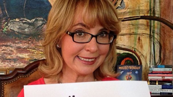 ht gabby giffords kb 130905 16x9 608 Instant Index: Gabby Giffords Joins Instagram
