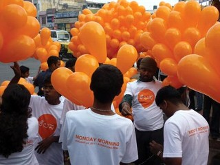 Artist to Hand Out 10,000 Balloons in Kabul