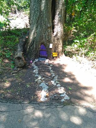 Mystery 'Gnome Homes' Pop Up in Kansas Park