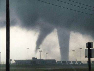 Severe Weather Leaves 2 Injured in Kansas, Officials Say