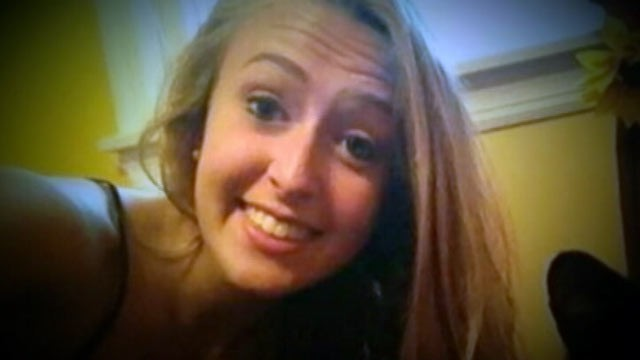 "PHOTO: Kara Alongi, 16, sent an ominous tweet Sept. 30, saying, ""There is someone in my house, ecall 911."""