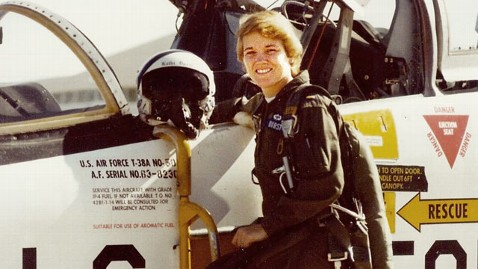 ht kathi durst dm 130620 wblog Skys The Limit for Female Pilot Pioneer