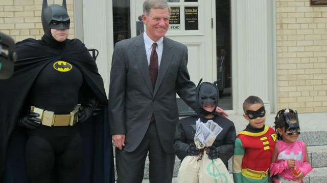 PHOTO: Texas Boy Battling Leukemia Becomes Batman for the Day