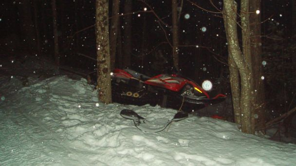 ht man snowmobile kb 140122 16x9 608 Man Says Crawling 2.5 Miles With Broken Leg a Piece of Cake
