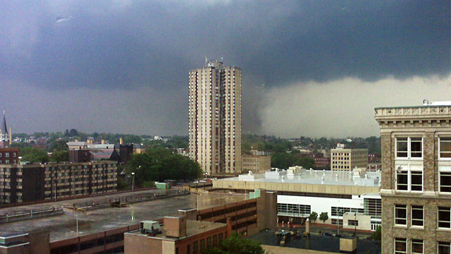 PHOTO: Apparent tornado in Springfield, Mass.