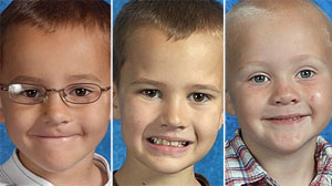 PHOTO: Alexander William Skelton, Andrew Ryan Skelton and Tanner Lucas Skelton are seen in these photos courtesy of National Center for Missing & Exploited Children. The kids disappear after dad gives them to a woman he met on internet.