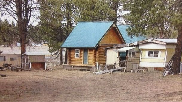 http://a.abcnews.com/images/US/ht_missing_cabin_1_js_150227_16x9_608.jpg