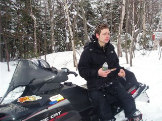 Lost Teen Skier Survived in Snow Cave