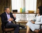 PHOTO: Oprah Winfrey interviews Lance Armstrong in Austin, Texas .