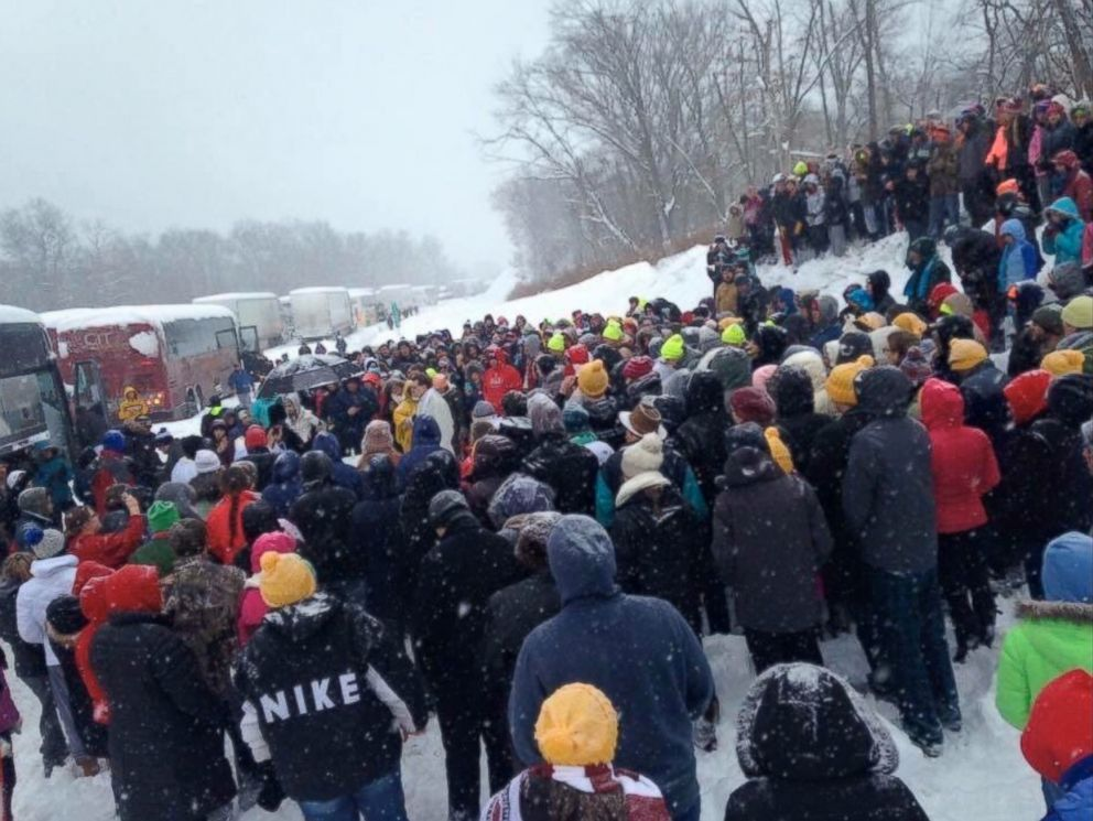 PHOTO:Stranded drivers held Mass on the Pennsylvania Turnpike, Jan. 23, 2016.