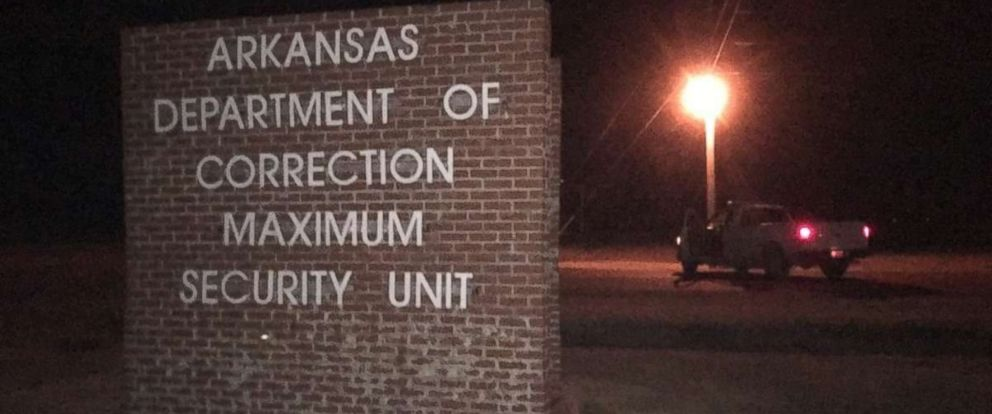 PHOTO: Two guards at the Maximum Security Unit in Tucker, Arkansas, were freed after being taken hostage by two inmates on Nov. 24, 2017.