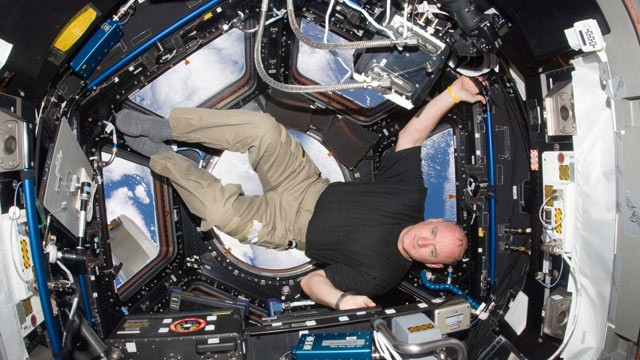 PHOTO: NASA astronaut Scott Kelly, Expedition 25 flight engineer, is pictured in the Cupola of the International Space Station on Oct. 14, 2010.