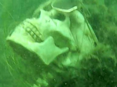 PHOTO: Authorities find fake skeletons underwater in Arizona.