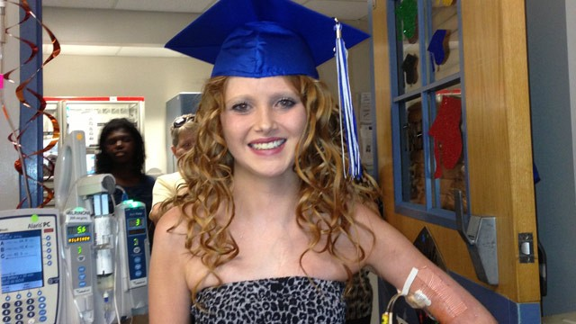 PHOTO: Aided by video streams, 18-year-old Taylor Haberman was able to graduate high school with her class while awaiting a heart transplant in the hospital.