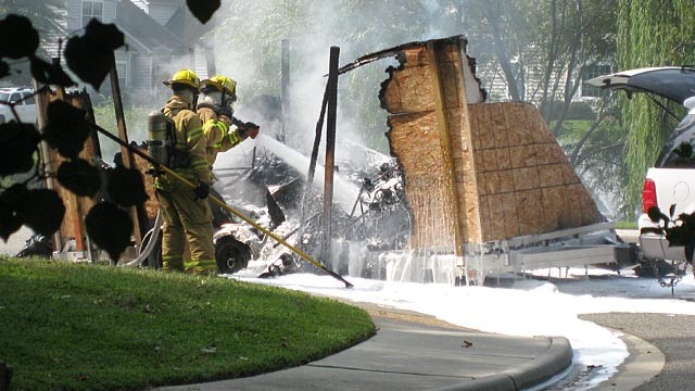 PHOTO: A Chicago man had set the trailer full of his belongings on fire, then decapitated himself in front of police and firemen in Yorktown, Va.