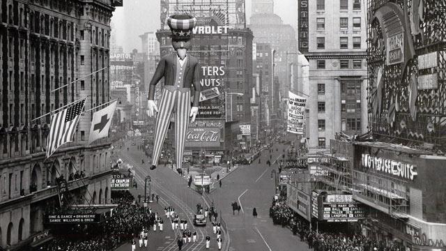 Macy's Thanksgiving Day Parade Through the Years Photos - ABC News
