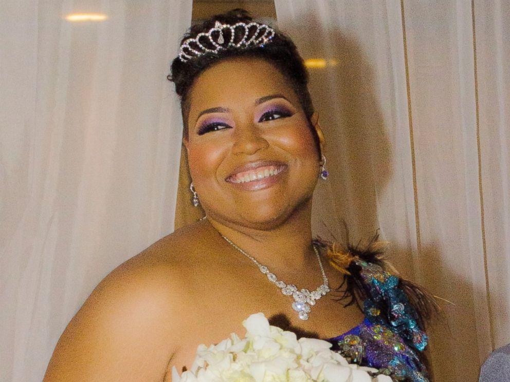 PHOTO: Yasmin Elebi, 40, married herself in a wedding and reception hosted at the Houston Museum of African American Culture