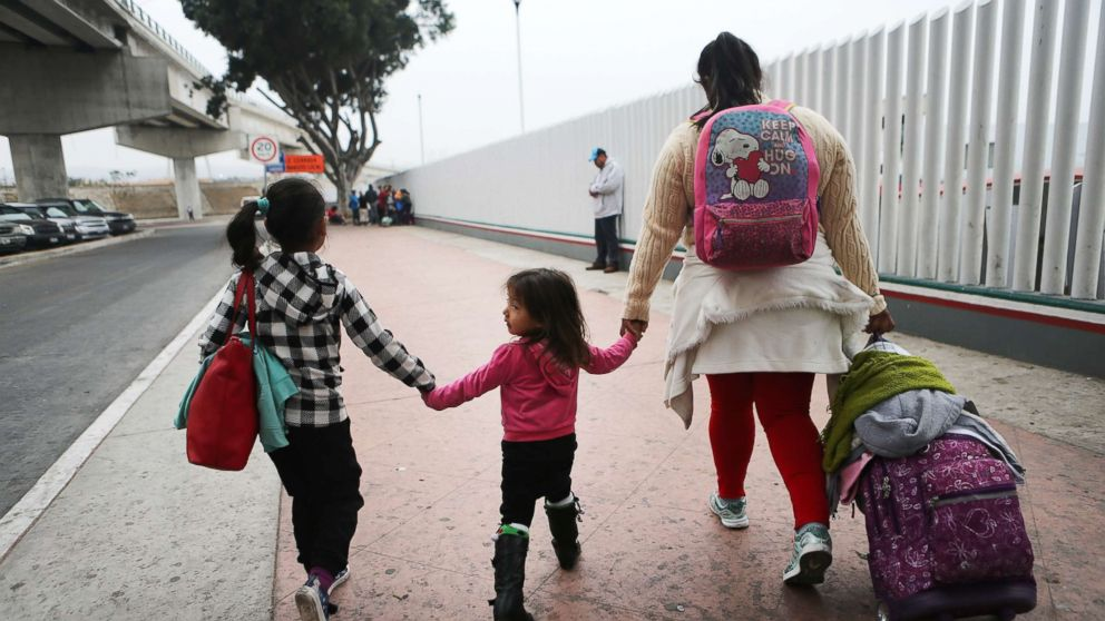 http://a.abcnews.com/images/US/immigration-01-as-gty-family-180621_hpMain_16x9_992.jpg