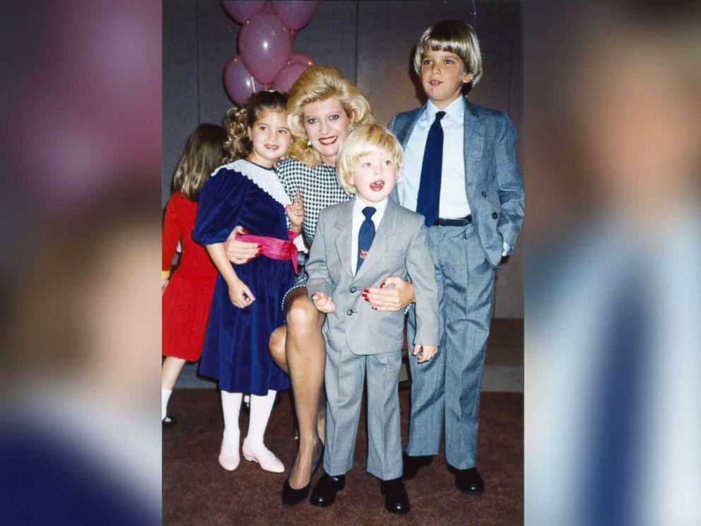 نتيجة بحث الصور عن ivana trump+family