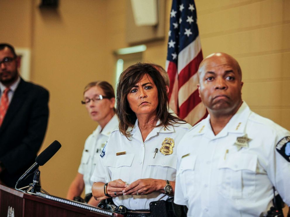 PHOTO: Minneapolis police chief Janeé Harteau, center, stands with police inspector Kathy Waite, left, and assistant chief Medaria Arradondo during a news conference, July 20, 2017, Minneapolis.
