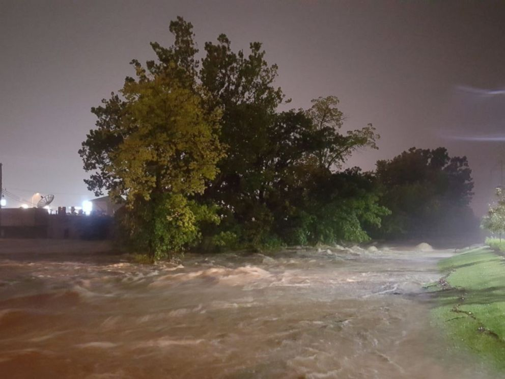 PHOTO: Heavy rains cause major flooding along Indian Creek at 103rd and Wornall St., Aug. 22, 2017, in Kansas City, Mo.