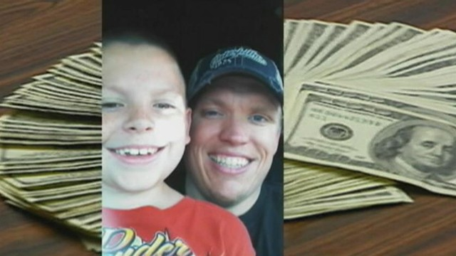 Video: Boy Finds $10K in Hotel Room