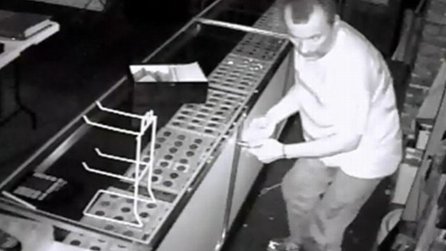Video: Rooftop Thiefs $30K Rare-Coin Heist