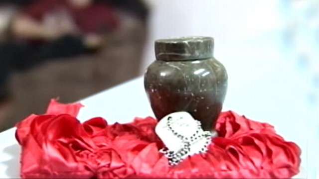 VIDEO: Karen Smiths package included a strangers urn and military dog tags.