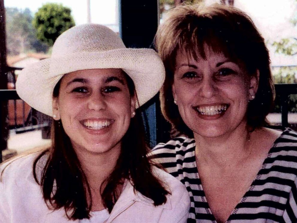 PHOTO: Sharon Rocha (right) and her daughter Laci Peterson (left) are pictured together in this undated photo.