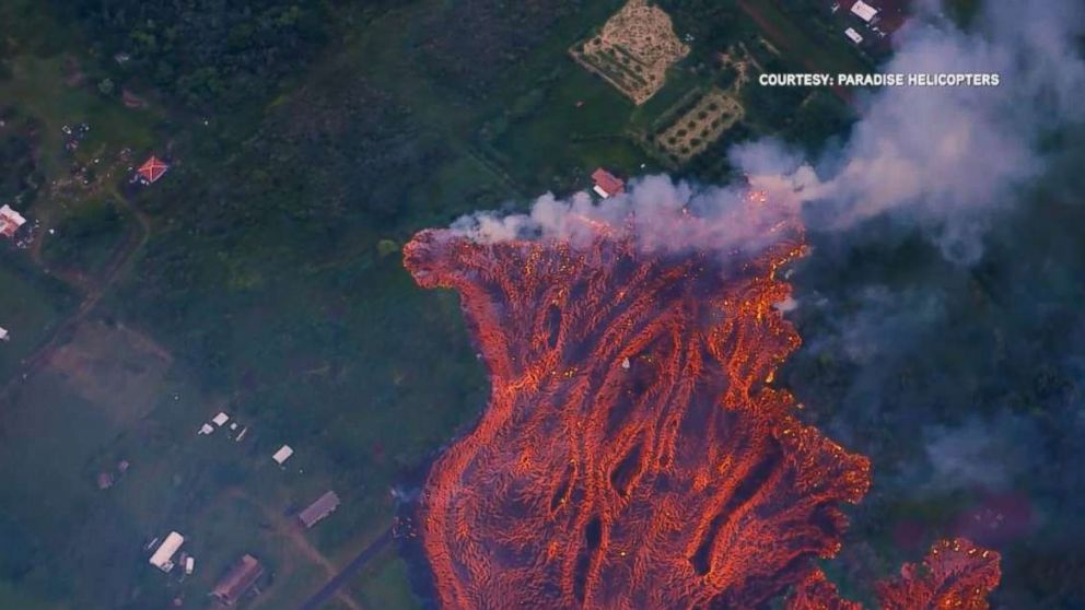 http://a.abcnews.com/images/US/lava-threatens-home-ugc-mo-20180520_hpMain_16x9_992.jpg