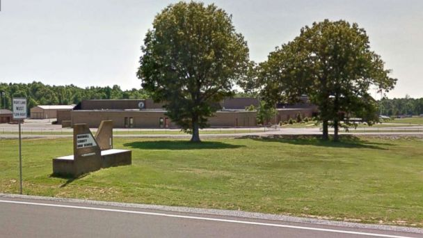 http://a.abcnews.com/images/US/marshall-high-school-kentucky-ht-mem-180123_16x9_608.jpg