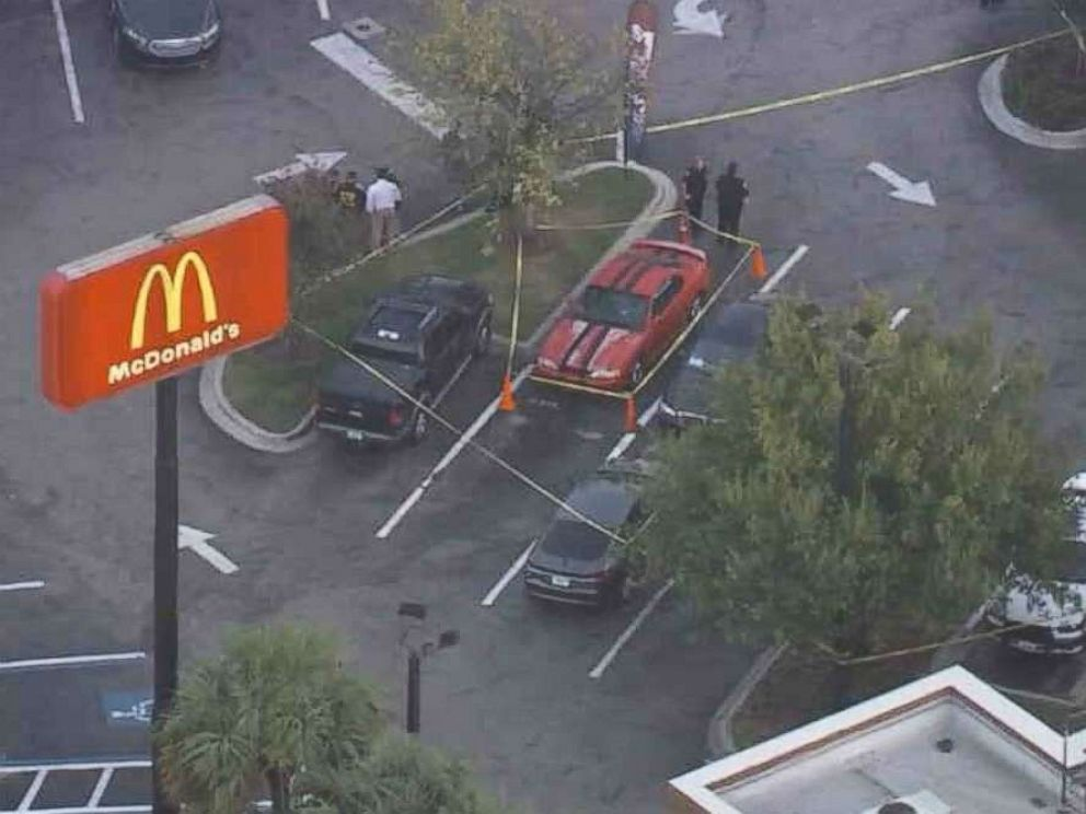 PHOTO: Tampa police are optimistic that a tip that led them to a McDonalds to investigate a person with a gun is connected to the recent string of murders in the citys Seminole Heights neighborhood.