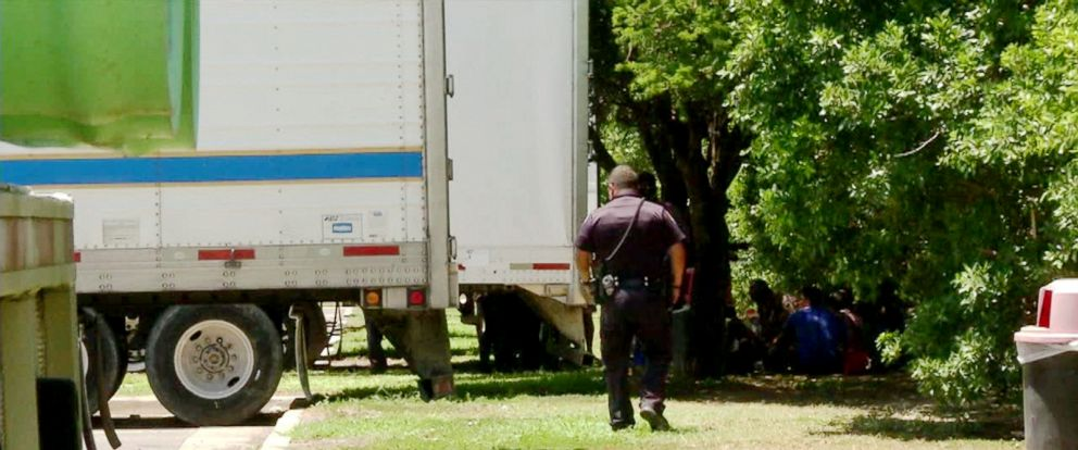 PHOTO: Police near the Mexican border in Texas say they have found 17 undocumented immigrants inside of a tractor trailer, Aug. 13, 2017.