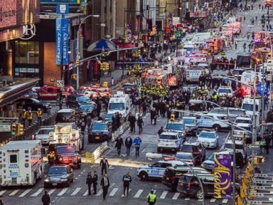 Suspected terrorist detonates explosive device near New York City's Times Square