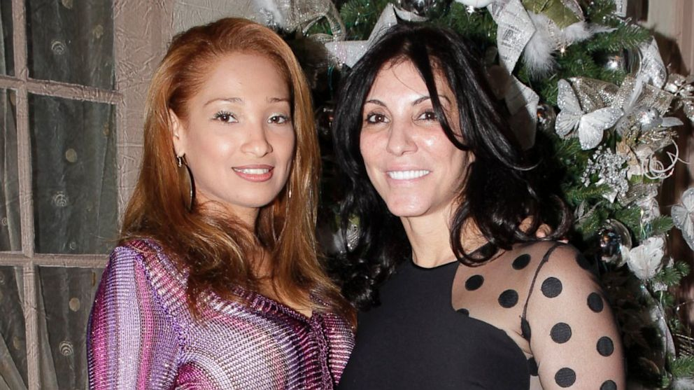 PHOTO: Ninive Petrocelli (left) drowned after falling overboard from a boat in the Hamptons in New York on Aug. 11, 2013.