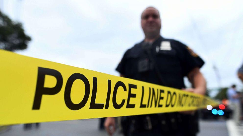 http://a.abcnews.com/images/US/police-gty-hb-171214_16x9_992.jpg
