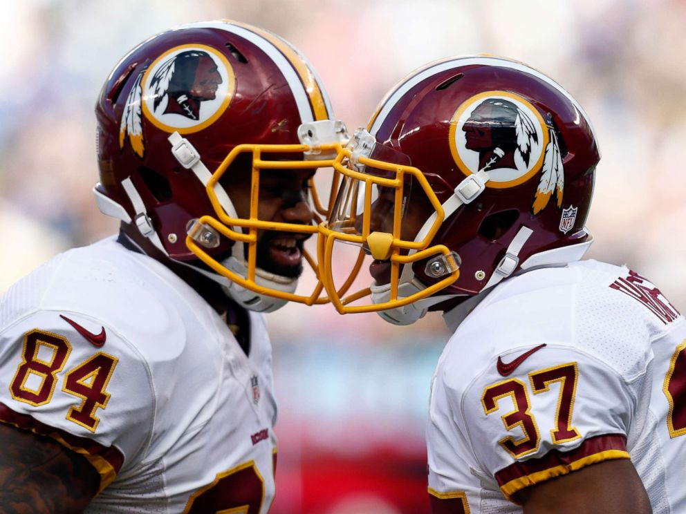 PHOTO: Washington Redskins players celebrate during the game at MetLife Stadium, Dec. 14, 2014, in East Rutherford, New Jersey.