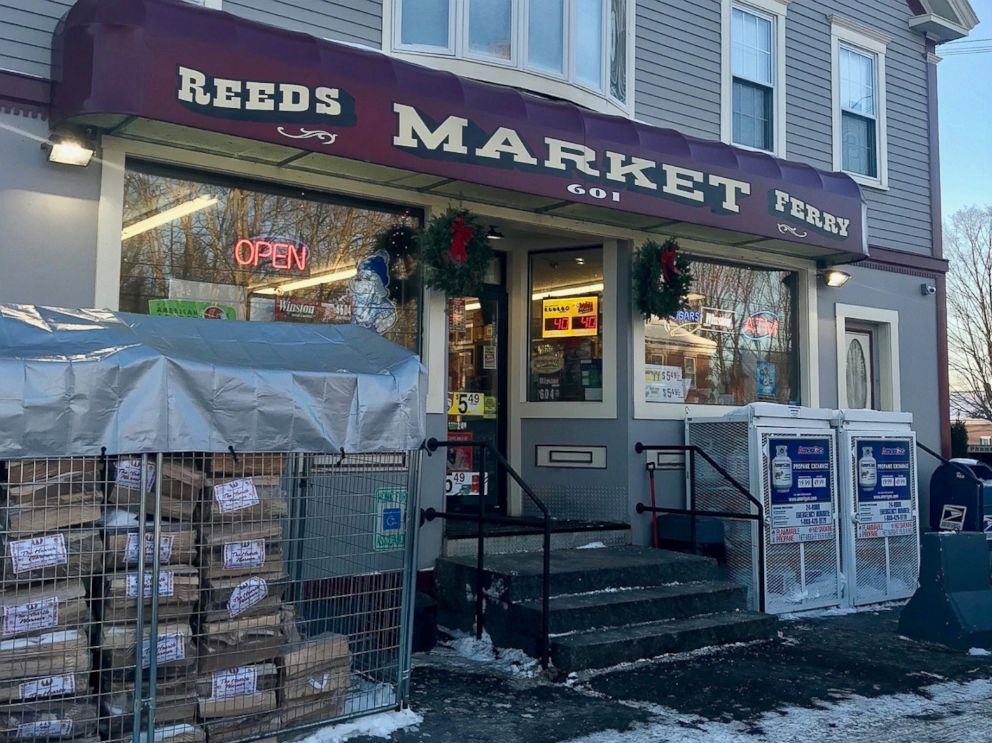 PHOTO: Pictured is the exterior of Reeds Ferry Market at 601 Daniel Webster Highway in Merrimack, N.H.