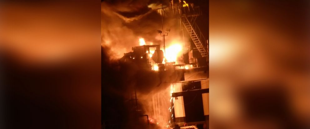 PHOTO: Witnesses reported hearing loud explosions, seeing a large fireball and cloud of smoke after an oil transfer station went up in the lake near the city of Kenner, just outside New Orleans.