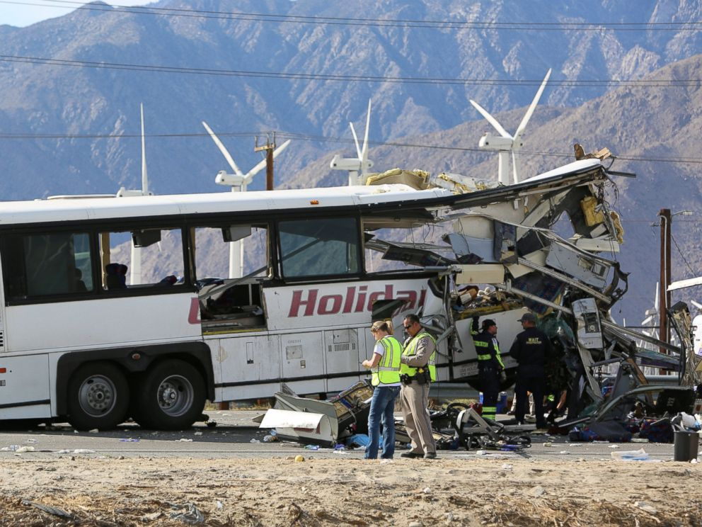 PHOTO: Investigators at the scene of a mass casualty bus crash on the westbound Interstate 10 freeway near Palm Springs, California, Oct. 23, 2016.